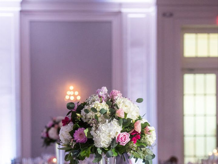 Tmx 1520025228 1b455b39b21f227b 1520025227 6835597968c42b6c 1520025231402 6 Marakowski Recepti Audubon, New Jersey wedding florist