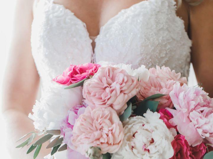 Tmx Jessicaandbenwindrfithotelandresortweddingbridalprep240of331 51 44602 1561409250 Audubon, New Jersey wedding florist