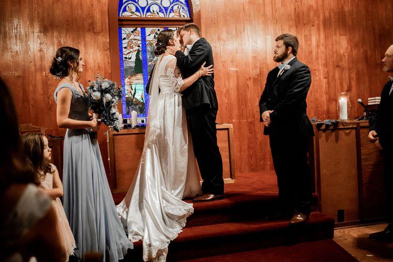 aa8053316ef6f409 1535488290 13854cf2350bbe29 1535488230273 26 Wedding wire ad 2