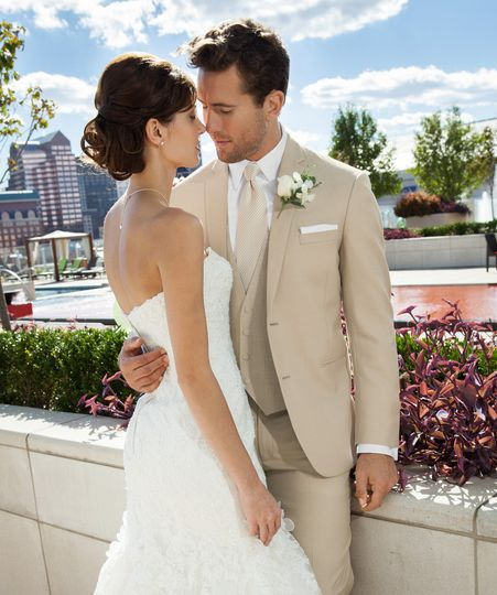Perfect Tan wedding suit with available slim & ultra slim pants. Matching Fabric Vest!