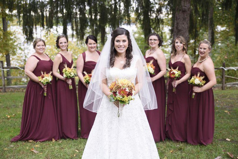 Bride and bridesmaids | PC: @TinaTakeMyPhoto