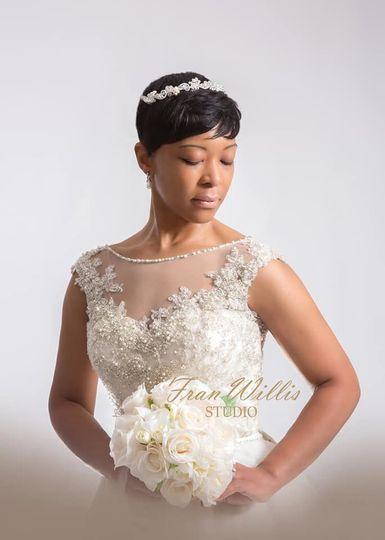Bride in sleeveless dress