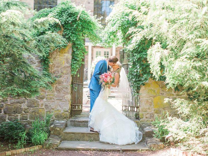 Tmx Mark Bryan Sep 3 51 41702 V1 Upper Black Eddy, PA wedding florist