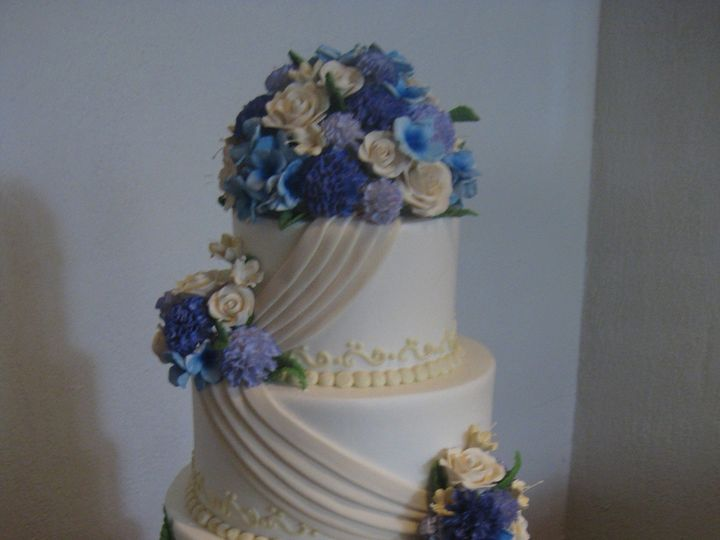 Tmx 1454697293312 Draped Airbrushed Flowers Wedding Tiered 2 Seattle, WA wedding cake