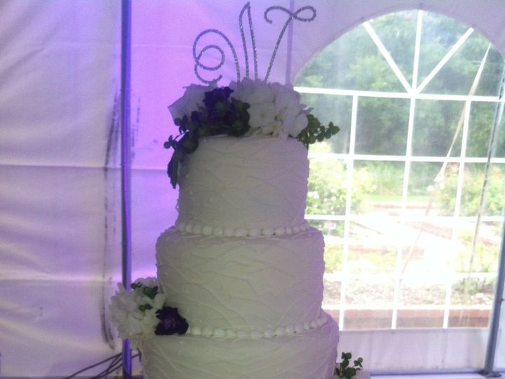Tmx 1454697434974 Lined Crazy Wedding Cake Sweet Memories Tiered 4 Seattle, WA wedding cake