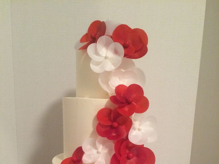 Tmx 1454697604623 Red And White Wafer Rose Tiered Wedding 2 Seattle, WA wedding cake
