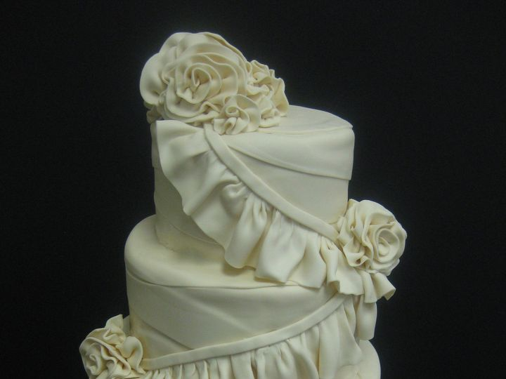 Tmx 1454697630524 Ruffles Ez Roses Wrapped Wedding Tiered 2 Seattle, WA wedding cake