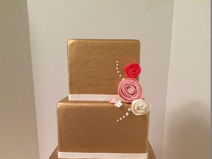 Tmx 1454697775688 Square Gold Painted Pink Rolled Roses Tiered Weddi Seattle, WA wedding cake