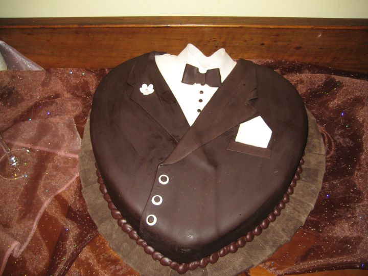 Tmx 1454697909406 Tuxedo Heart Choc Brown Single Seattle, WA wedding cake