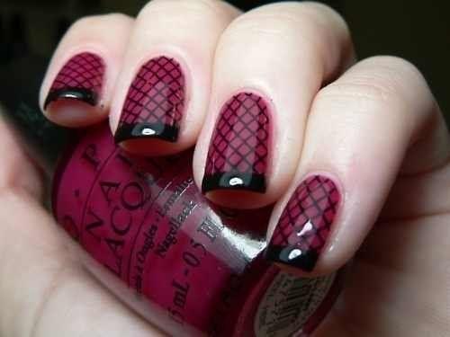 burgundyfishnetnails
