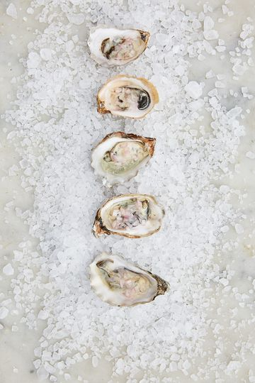 oysters 2 51 23802 1570135049