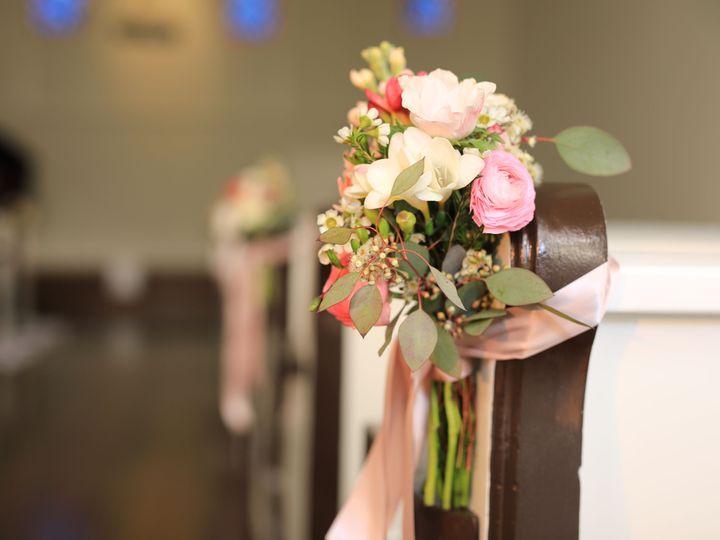 Tmx 1525110889 C3712cb477e5f9ff 1525110887 23563d32a8afefc1 1525110881962 24 Pew Flowers 5481 Pasadena, CA wedding venue