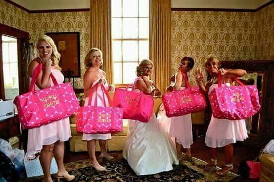 69dd5acce5524a07 BridalParty