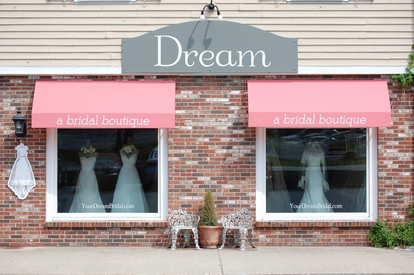 dream bridal boutique exterior