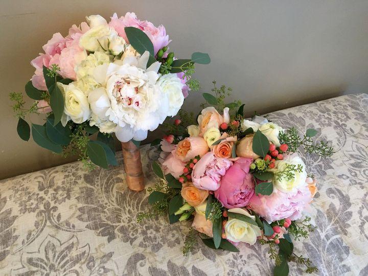 Tmx 1517416434 Fa954014c501684e 1517416431 1c9c76ec5ed6438a 1517416416980 13 IMG 8936  2  Columbus, Ohio wedding florist