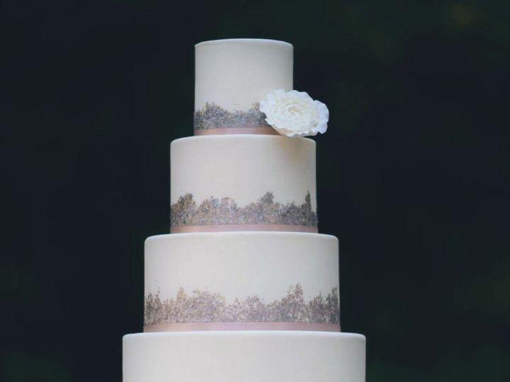 Tmx 0d60914d 2b3a 4544 8308 07010a9abe42 51 920902 1572828977 East Setauket wedding cake