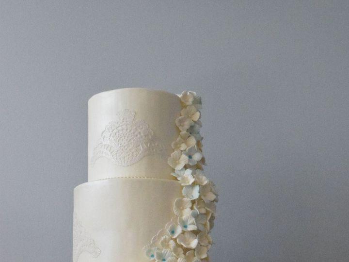 Tmx 1459974460 8d4b21fedac07271 DSC 0541 East Setauket wedding cake