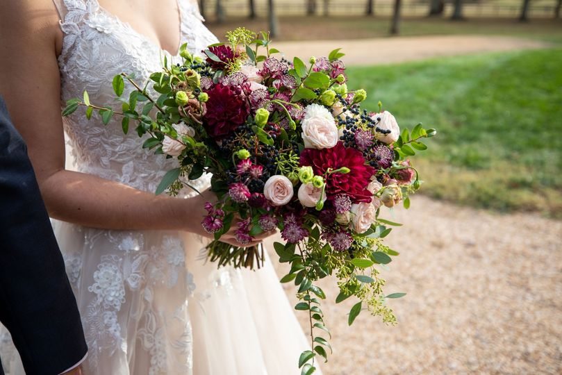 KMD Bride and her bouquet