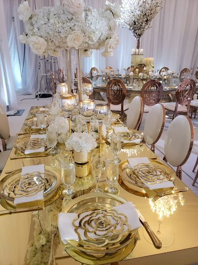 White and God Luxury Reception