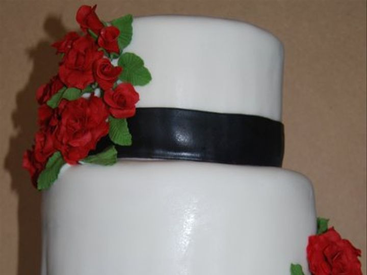 Tmx 1275682007610 DSC0337 Oroville wedding cake