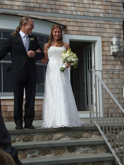 One of our beautiful brides starting her walk down the aisle