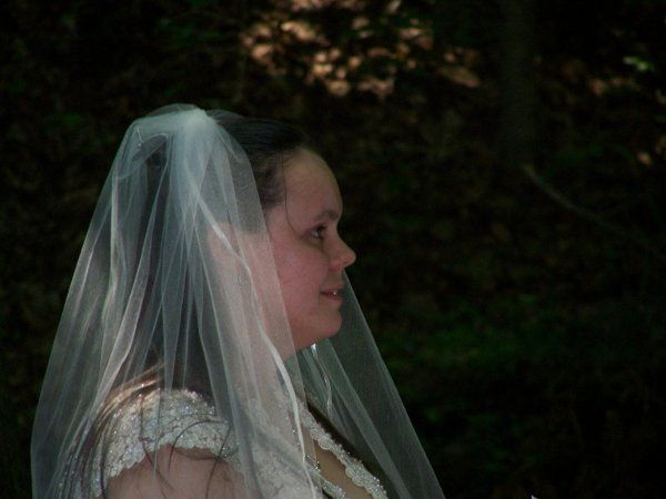 This lovely bride and groom chose an outdoor ceremony at Amicalola Falls in Dawsonville, Ga.