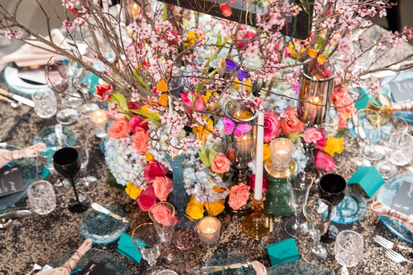 luxe floral chicago wedding inspiration lakeshore in love cristina g photography 18 copy 51 1898902 157505077634591