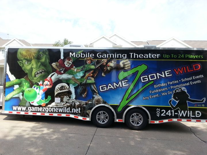 Ultimate Mobile Gaming Theater