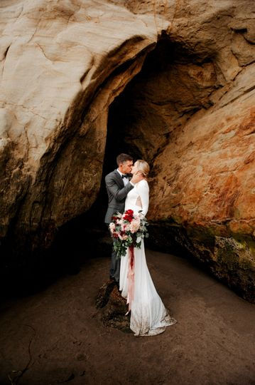 imago dei photography pelican pub and brewery wedding in pacific city oregon 51 387012 1562892531