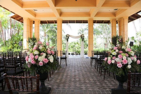 Tmx 1427469237213 842ec 029botanicalsonthegulfimagesfromdoreenklinep Naples, Florida wedding florist