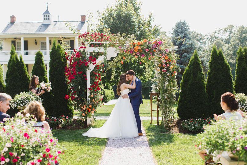 We love micro weddings!