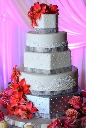Tmx 1517523661 F31931eeabbe781e 1517523660 Efdbc37788e730ca 1517523659693 7 11059418 101535247 Bethesda, MD wedding cake