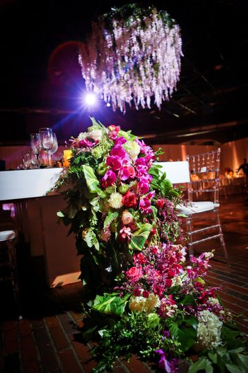 Lush floral runner cascading off the Head Table!