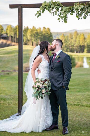 wedding photo kiss flagstaff arizona2 51 1013112