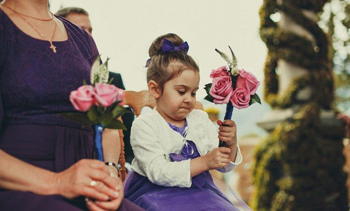 This adorable flower girl is ready!