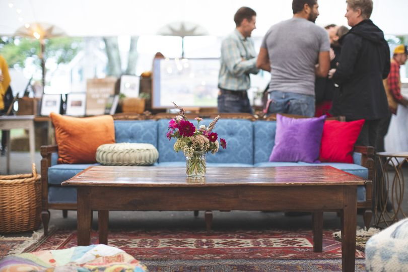 Lounge table decor