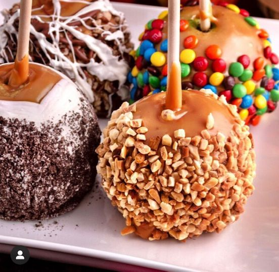 Custom Caramel Apples