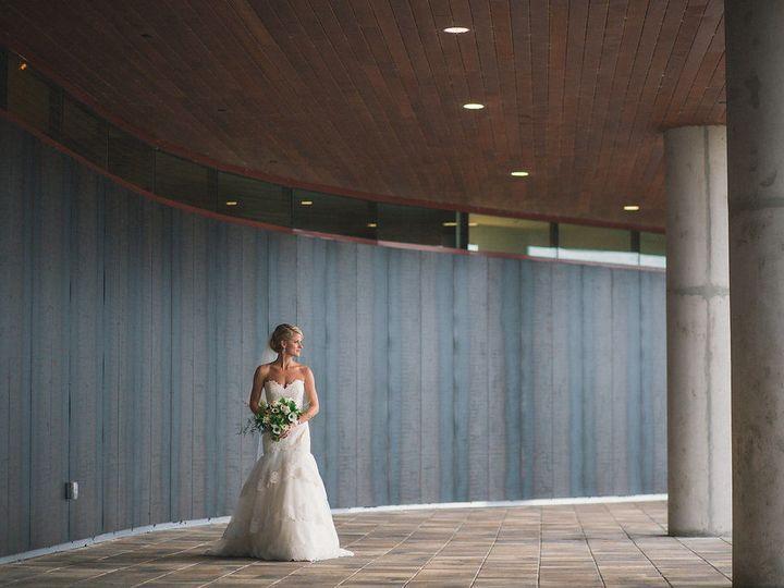 Tmx 1518548460 B1834d501790b56e 1518548459 3b4a70d41ac0b486 1518548453205 4 ALISON KYLEWEDDING Bowling Green wedding venue
