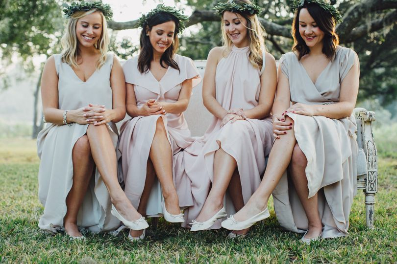 Give your bridesmaids the gift that keeps on giving - Cinderollies foldable ballet flats