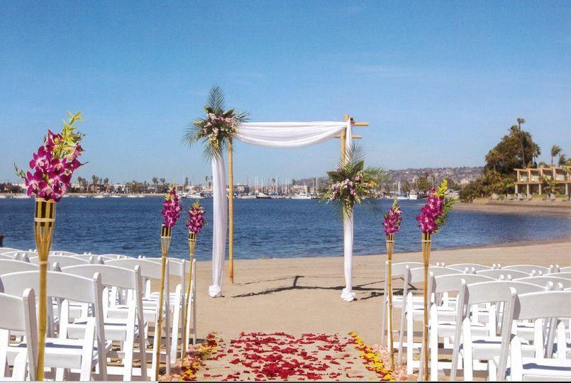 beach ceremony3 51 82212 160390881821756