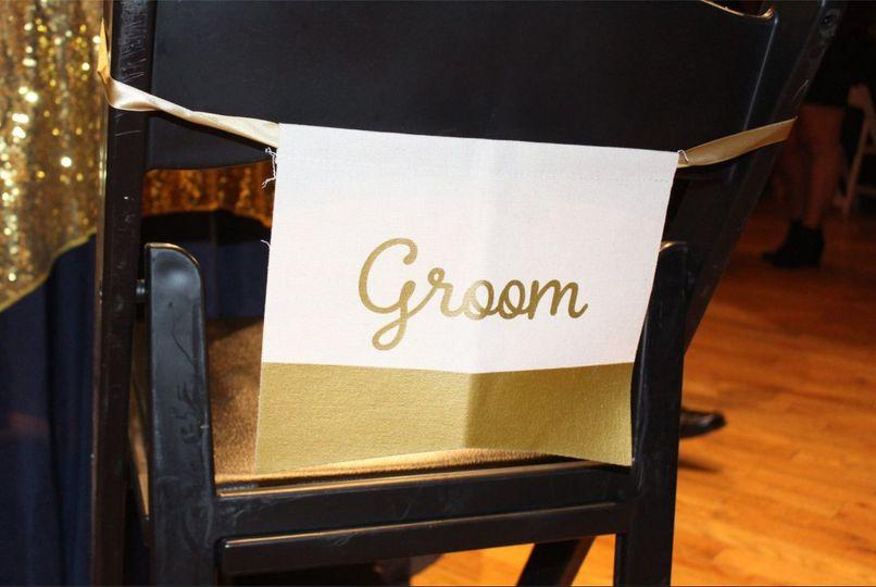 Groom's chair