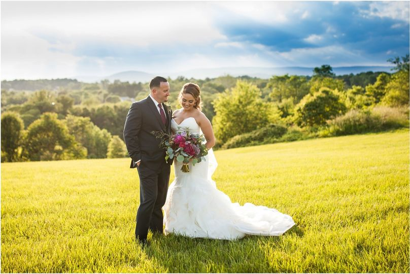 blue valley vineyard and winery wedding 3 6