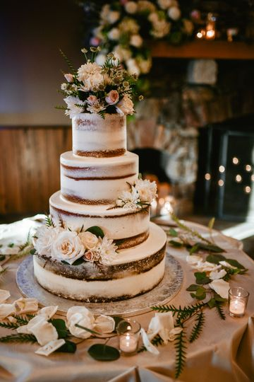 harrington farm october wedding cake 51 45212 161309353679882