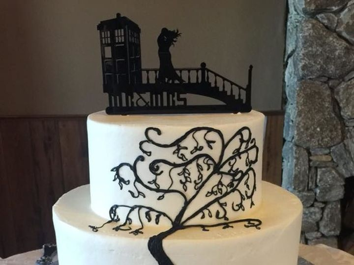 Tmx 1530201592 E729ab5bcd5fd425 1530201591 A5c756169f3f411c 1530201591480 9 Dr. Who Shrewsbury, MA wedding cake