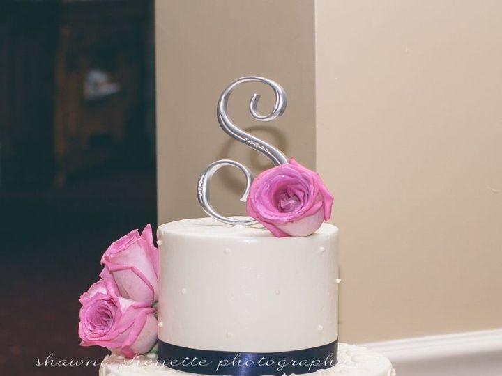 Tmx 1530201802 B141c99ee1ce1cbf 1530201800 Aec9ebc7bf4e2ca1 1530201800011 27 Wedding Cake 2 Shrewsbury, MA wedding cake