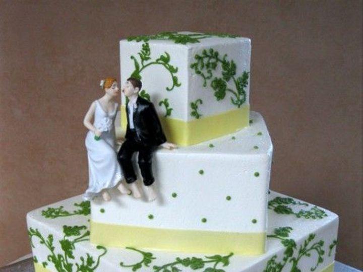 Tmx 1531499322 2d0fa641d0453fb9 1531499320 66100cde1962a0fa 1531499322632 9 039 IMG 1149 Shrewsbury, MA wedding cake