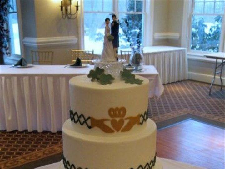 Tmx 1531499325 922635809dbb8122 1531499325 1b4e44434b9e4e61 1531499327049 11 037 IMG 0886 Shrewsbury, MA wedding cake