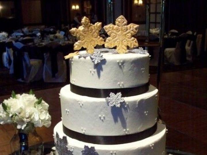 Tmx 1531499357 Fa70a96e998064a4 1531499356 693a9246da87c041 1531499358603 26 40 100 1696 Shrewsbury, MA wedding cake