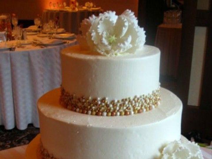 Tmx 1531499368 630d47153698113f 1531499367 7e30a897e0ddb0e0 1531499351259 22 36 IMG 0504 Shrewsbury, MA wedding cake