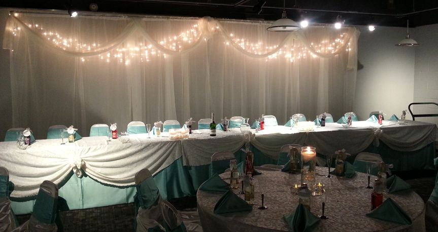800x800 1469037432330 head table